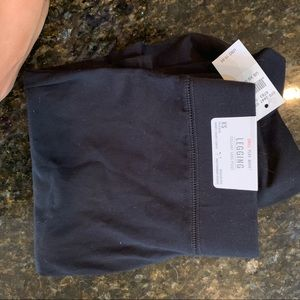 American eagle leggings xs SHORT. tags attached
